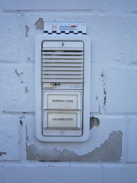 feuchte Mauer, Bausachverständiger